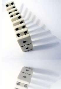 El destino y las fichas de domino